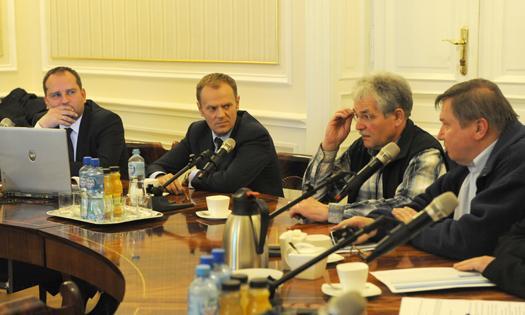 Premier po spotkaniu z wojewodami w sprawie sytuacji powodziowej